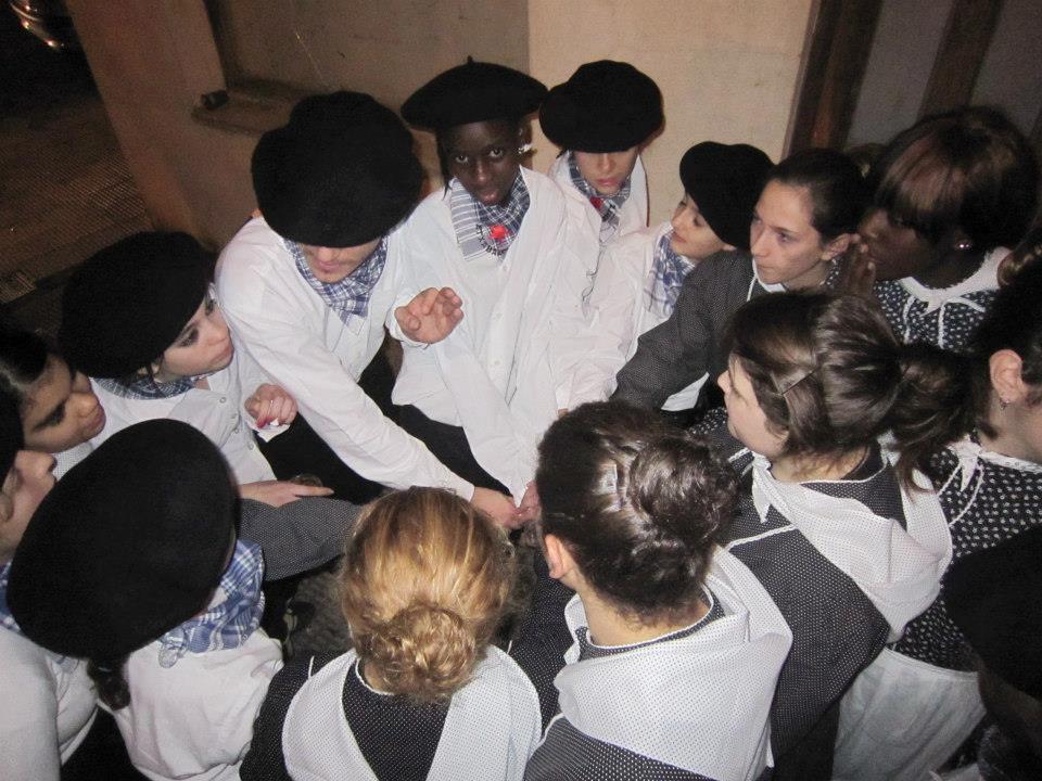grupo dantzaris 2